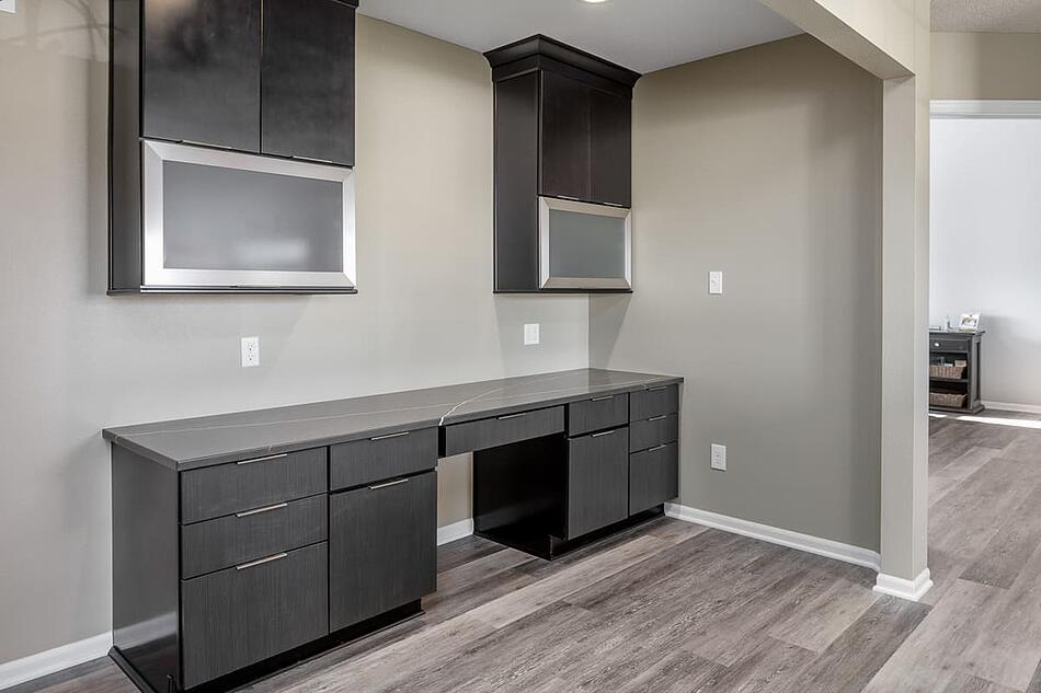Full-Home Remodel Home Office Desk with Storage Cabinets